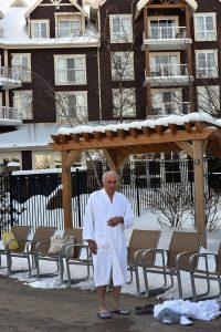 Going to Westin Trillium outdoor pool in February