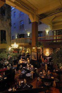 2007 Dining Aroma_Heritage London, photo by Igor Kravtchenko